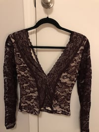 Burgundy lace top, never worn Calgary, T2S 0K9