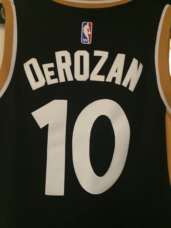 Used Toronto Raptors OvO Alternate Jersey - DEMAR DeRozan size small for  sale in Toronto - letgo 3618b2ab9