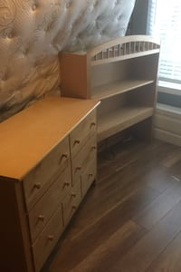 3 drawer Dresser with hutch made by Stanley furniture Sacramento, 95831