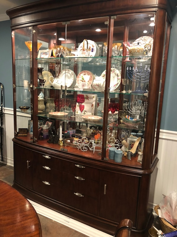 Beautiful Wood Dining Room Set With Buffet Black Granite Top And Touch Lighting China Cabinet Seats 10 12 People Usado En Venta BABYLON