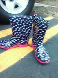 Girls Rain Boots sz 1 to 2 Inglewood