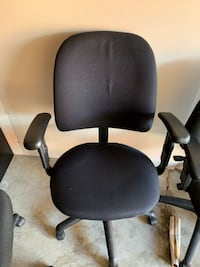 Ergonomic Chair, Excellent Condition, Call us now! Mississauga