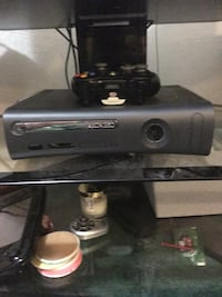 black Xbox 360 console with controller Littleton, 80127