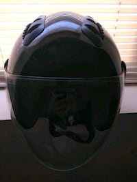 Great condition motorcycle helmet.. Retractable Washington