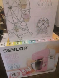 white and pink Graco Pack'n Play box 536 km