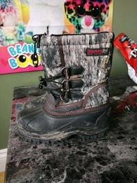 Boys winter Boot size 13