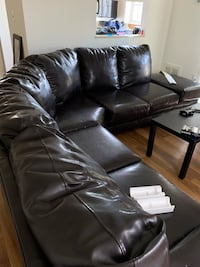 Leather couch(Brown) Alexandria, 22304