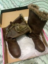 These boots are very warm. I have never tryed  to  Marion, 62959