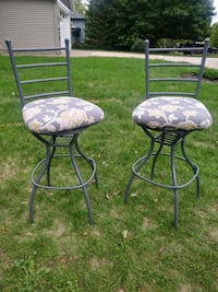 two black metal framed padded chairs Grand Rapids, 49505