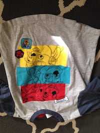 gray and blue crew-neck t-shirt Lethbridge, T1H 0N4