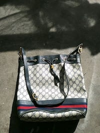 white and black Gucci leather crossbody bag Beaver Falls, 15010