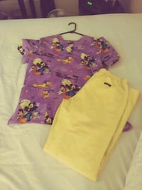 pink and purple floral shirt and pants Redding, 96001