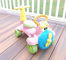 Chicco Charly Airplane Ride On/ Baby Walker