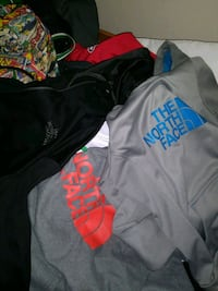 North face sweaters.. Men and Women Annandale, 22003