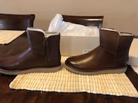 UGG ABREE Mini women size 9 Brown Leather Brand New in Box Woodbine