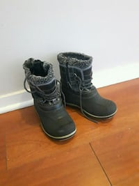 Winter boots kids  Laval, H7W 2W7