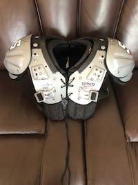 Schutt 2x small shoulder pads in Excellent condition!!! El Paso, 79938