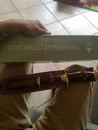 Brown Cuchillo Deportivo Hunting Knife with box Guadalupe, 93434