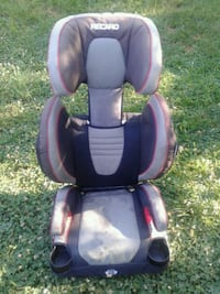 RECARO  PERFOMANCE  BOOSTER. In Good condition Silver Spring, 20901
