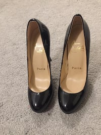 Louboutin heels size 6 or 6.6