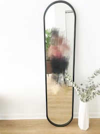 Perfect condition Umbra floor mirror Toronto, M5A 4T4