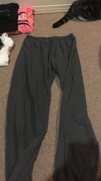 Grey sweat pants  Welland, L3C 5Y3