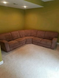 Free Perfect Couch  Lovettsville, 20180