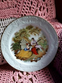 Courting couple plate Rocky Point, C0A 1H2