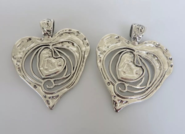 Beautiful Large Abstract metal allow HEART pendants. 6