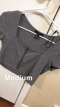 black and gray Nike pull over hoodie
