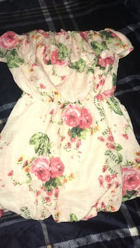 rue 21 shirt size small Kingsport, 37660