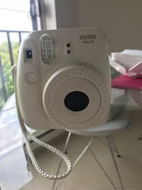 Fujifilm Instax Mini 8 with albums and films Montreal, H3S