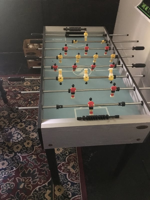 Fooseball Table f030e1f6-5e6c-43a0-9005-47d920bfbcd3