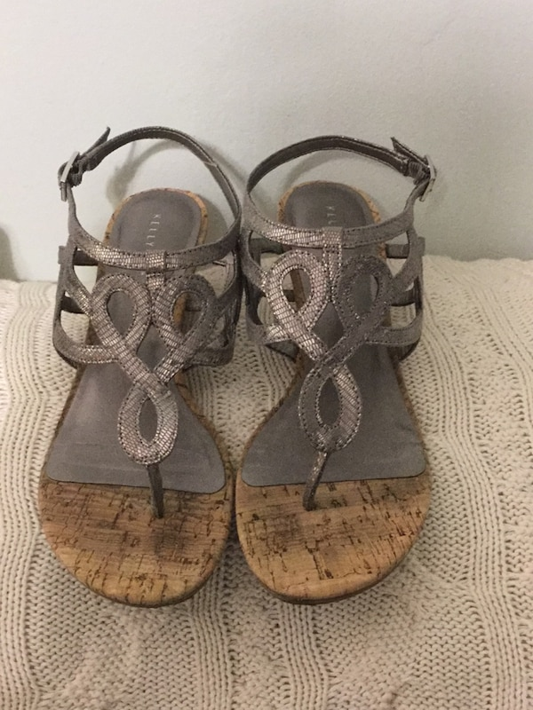 54120daef687 Used pair of brown leather sandals for sale in Gardendale - letgo