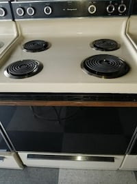 Like new Electric stoves with warranty