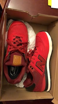 New Balance Size 10  Woodbridge, 22193