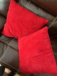 Two Red Throw Pillows Glenarden, 20706