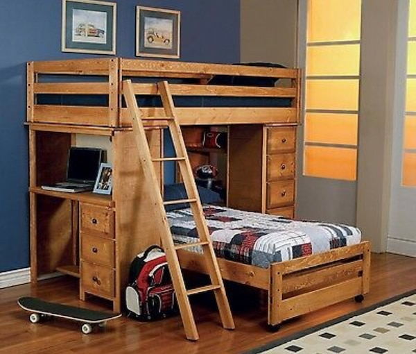 best service f5673 1a352 Solid oak bunk bed with desk