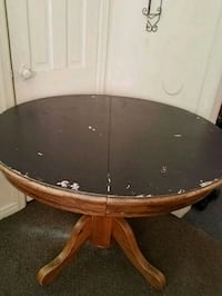 Oval Table Wood Table Good Condition $15.00