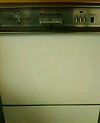 white and black top-load clothes washer Boonsboro, 21713
