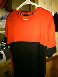Size L red and black AND 1t-shirt Newport, 37821