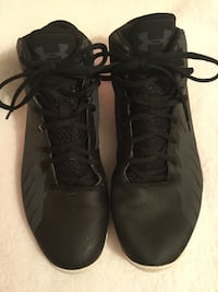 pair of black Nike basketball shoes North Vernon, 47265