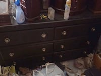 brown wooden 3-drawer chest Hartwick, 13348