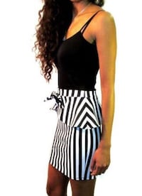 Women's black and white striped skirt with bow s/m/l Toronto, M3J 1L7