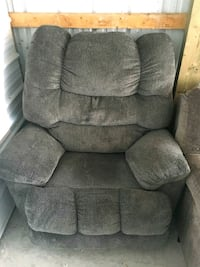 Used recliner in good condition Chambersburg, 17201