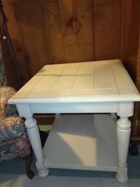 Solid wood table  Mooreville, 38857