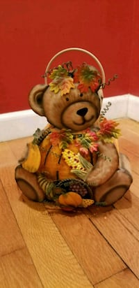 FALL. Autumn Bear Lantern.  Melville, 11747