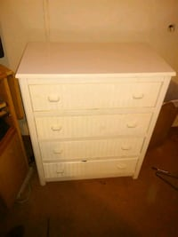 white wooden 3-drawer chest Columbus, 31907