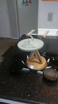 U.S.S ENTERPRISE NCC-1701 Collection