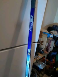 Bauer left hand defenseman ice hockey stick  Mississauga, L4X 2X5